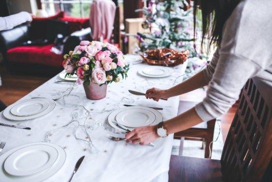 1. Kersttafel mooi aankleden voor het kerstdiner