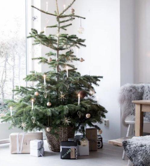 2. Kerstversiering inclusief kerstboom