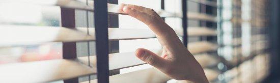 De voordelen van houten jaloezieën in jouw woonkamer!