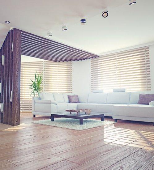 Horizontale houten jaloezieën: een toevoeging aan elke stijl