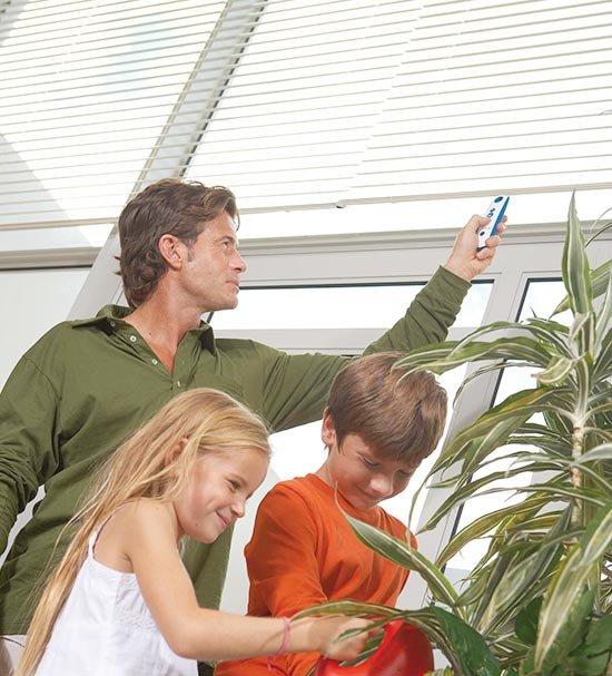 Raamdecoratie: mogelijk gevaar in huis voor je kind
